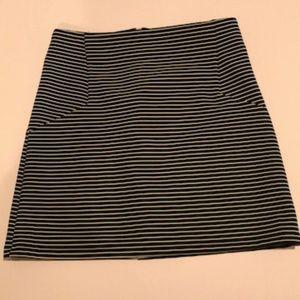 Topshop Skirts - Topshop Black White Stripe Mini Skirt - Size 2 EUC